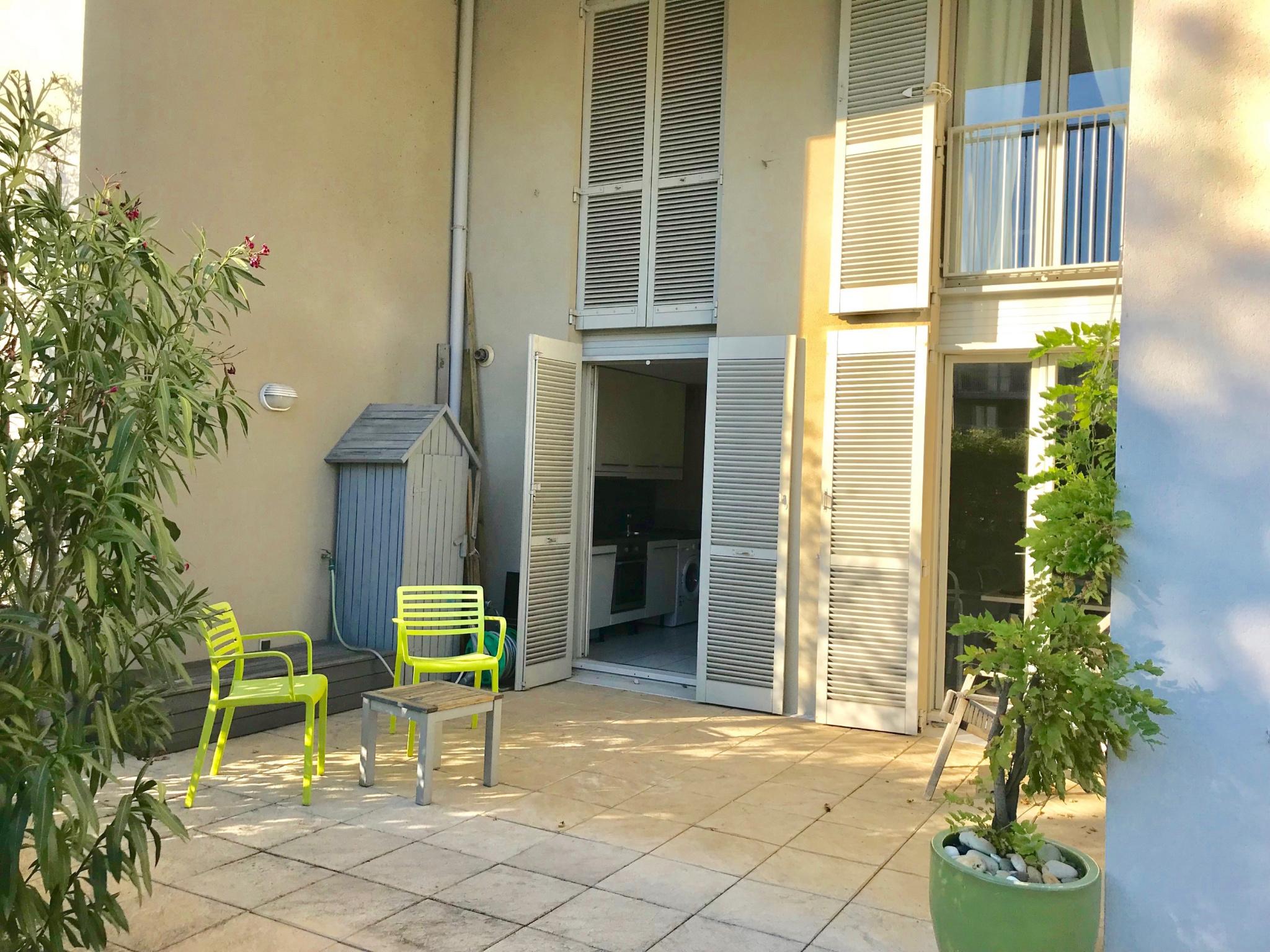 Location a louer chambre dans logement t4 avec jardin sur for Location t4 bordeaux